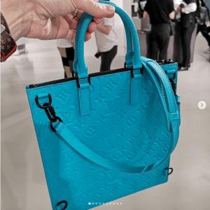 Louis Vuitton Turquoise Sac Plat Bag