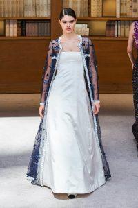 Chanel Fall-Winter 20192020 Haute Couture18