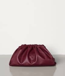 Bottega Veneta Pouch Clutch bag in Burgundy