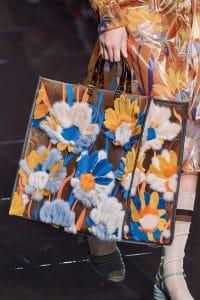 Fendi 3D floral Fur Tote Bag - Spring 2020