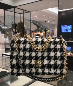 Chanel 19k tweed flap - Fall 2019