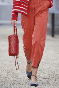 Chanel Red Chained Logo Clutch - Spring 2020
