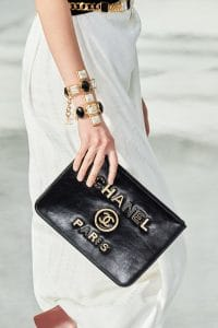 Chanel Chain O Case - Fall 2020