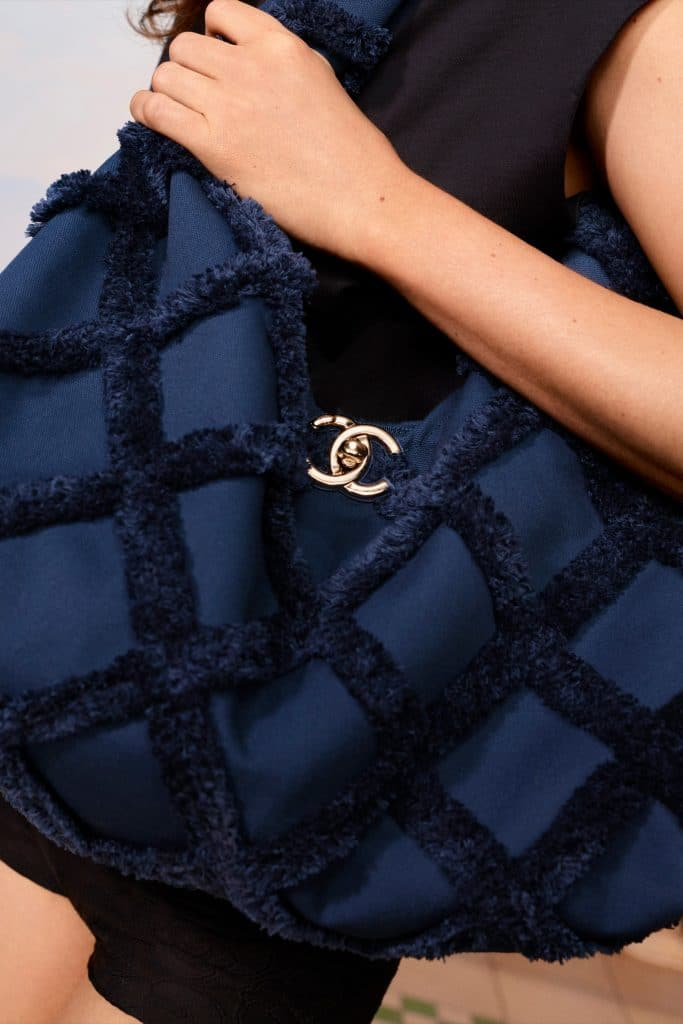 Chanel Tote Bag Navy - Cruise 2021
